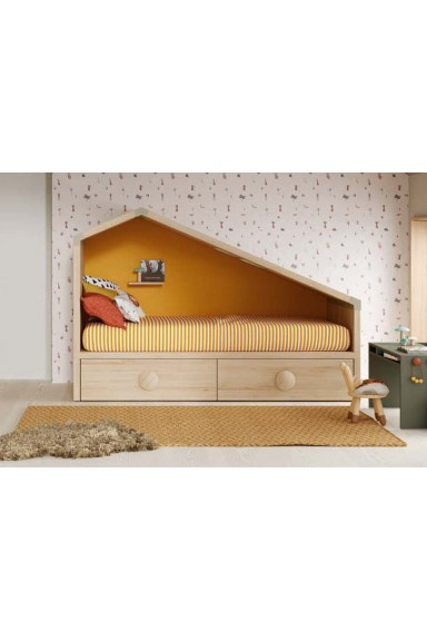 Cottage trundle bed with...
