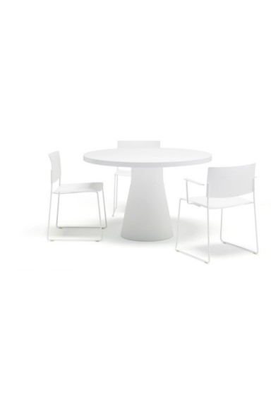 andre world revers table...
